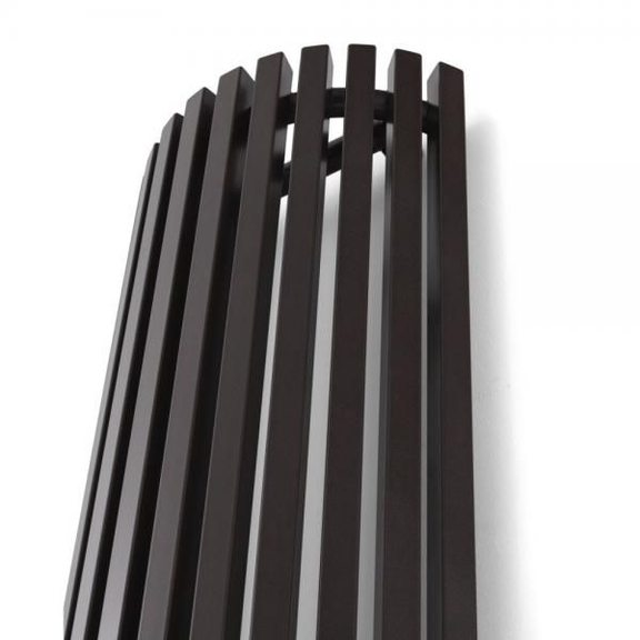 TERMA Triga AW dizajnový radiátor zboku