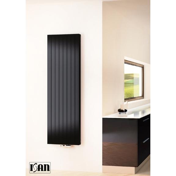 ISAN Exact F20 Vertical radiátor RAL 9005 interiér
