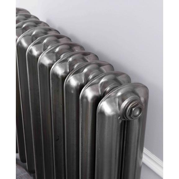 TERMA Plain retro radiátor farba Polished Metal
