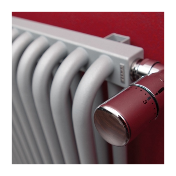 TERMA Delfin dizajnový radiátor pod okno farba Chrome effect detail1
