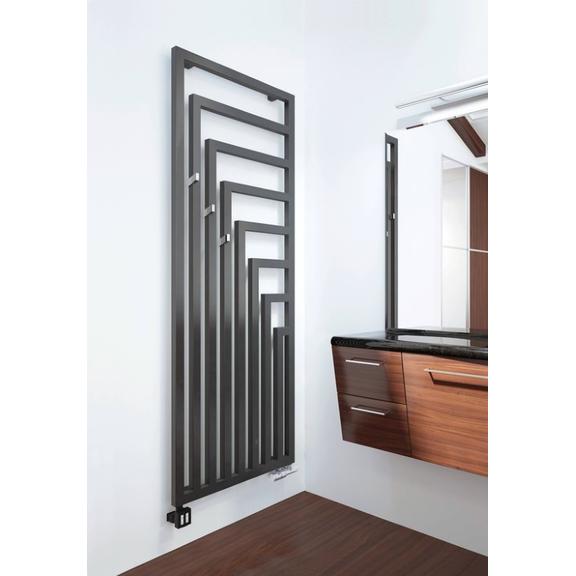 TERMA Angus V dizajnový radiátor v interiéri veľkosť 1780x680