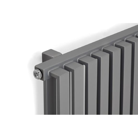 TERMA Nemo elektrický radiátor pod okno 530x1185 farba Metallic Stone, detail