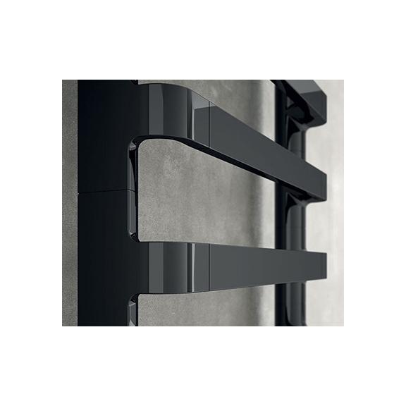IRSAP Step B kúpeľňový radiátor detail Čierny Chróm 2